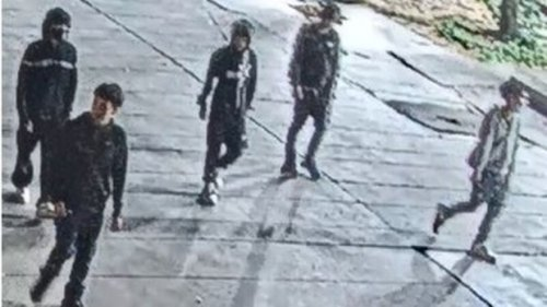 Toronto police release images of suspects in the stabbing of 15-year-old boy