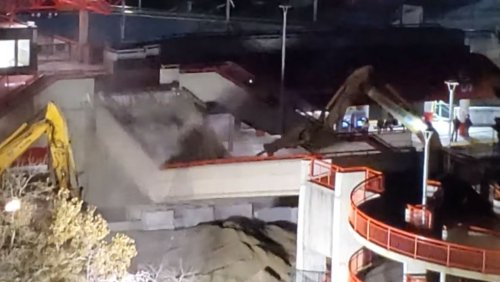 'It was so cool': Calgarians watch demolition of Stampede LRT platform
