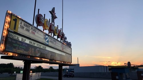 Sunset Barrie Drive-in Theatre reopens for business