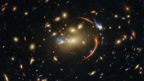 Astronomers figure out why early, massive galaxies have stopped growing