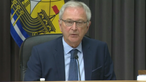 Premier Higgs encourages border blockade to open up; N.B. reports one new COVID-19 case Wednesday