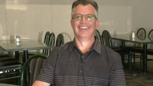 Saskatoon buffet owner adapts to changing times