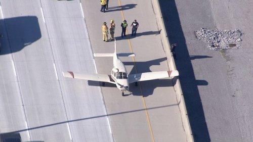 Plane makes emergency landing on Highway 407 in Markham, Ont.