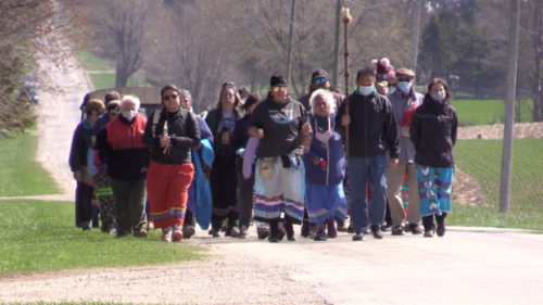 Saugeen First Nation debates fate of Canada's nuclear waste