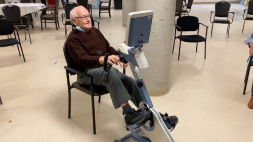 Ottawa man cycles to top of Road Worlds for Seniors