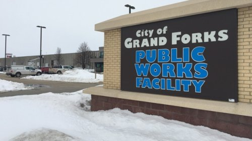 U.S. border cities like Grand Forks await crossing reopening as air travel rules loosen