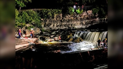 Firefighters rescue man from ledge at Hog's Back Falls
