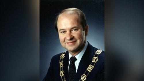 City mourns former Waterloo Mayor Brian Turnbull