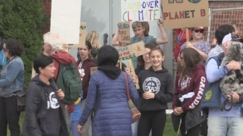 Youth-led climate rally in Orillia Friday supports national movement