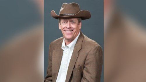 Kent Taylor, Texas Roadhouse founder and CEO, dies at 65