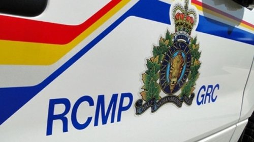 Man airlifted to hospital after crash northwest of Edmonton