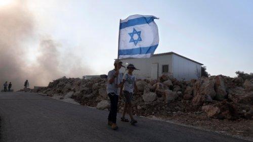 UN urges Israel to halt building of settlements immediately