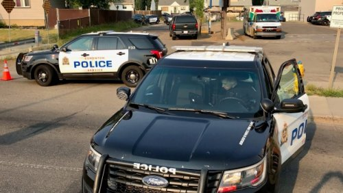 Man shot, St. Albert Trail closed during search for shooter