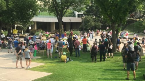 Rally against lifting of COVID-19 restrictions hosted outside Alberta legislature Saturday