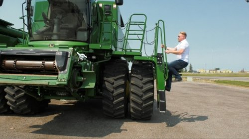 This Sask. farmer is still looking for love after appearing on a Finnish dating show