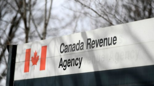 CRA says it had 'two to three times' as many people calling with tax queries in 2021 tax season