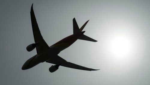 Only 14 flights with COVID-19 on board passed through B.C. airports last week