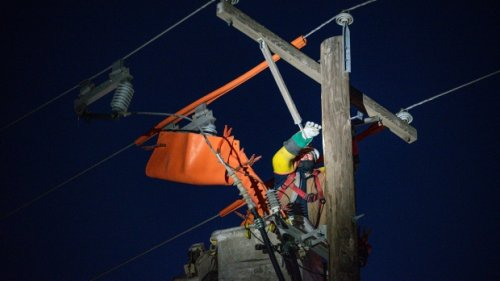 Texans faced with thousands of dollars in electric bills after winter storm