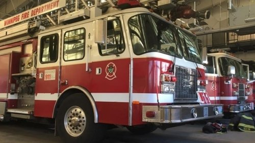 Commercial building catches fire in St. Boniface