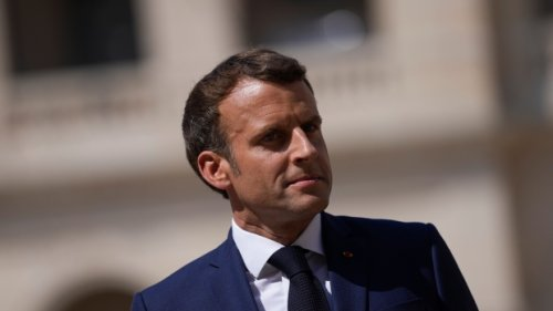 France's Macron changes phone in light of Pegasus case