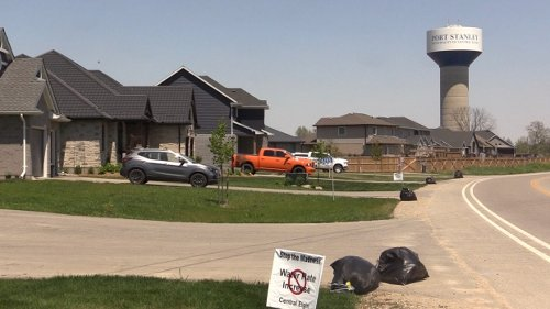 'I can't afford to water the lawn': Central Elgin residents angry of rising water rates