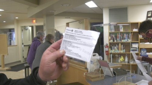 Hundreds get COVID-19 vaccine receipt printed, laminated at Arnprior library