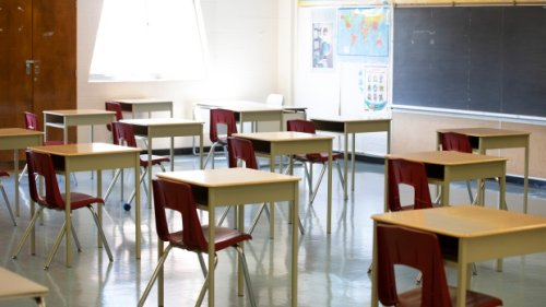 All schools in Gimli to close on Monday in response to COVID-19 cases