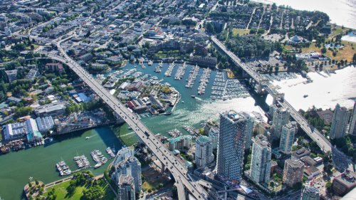 Rent in Vancouver $330 more expensive than Toronto, study suggests