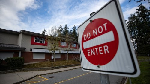 Vaccine mandates for school staff: Here's a quick look at the province's guidance for B.C. boards