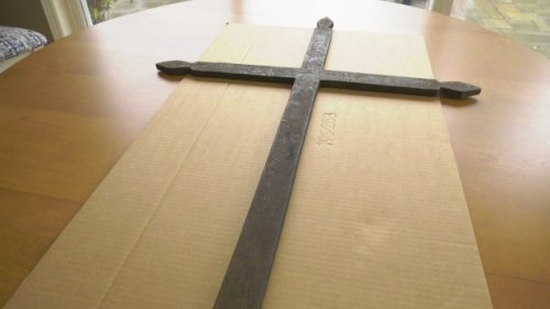 163-year-old cross finds its way to descendants of the original owner