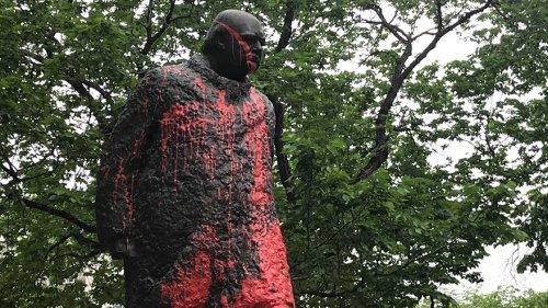 Winston Churchill statue in downtown Edmonton vandalized