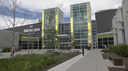 Needles down: AHS to close northeast Calgary COVID-19 immunization clinic