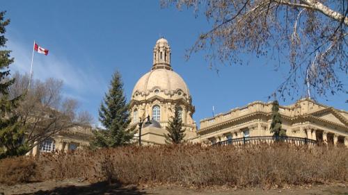Alberta legislature resumes: Government focuses on economy, Opposition on COVID-19