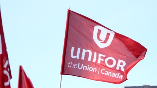 Union ratifies deal with Bombardier at Downsview; talks with De Havilland continue