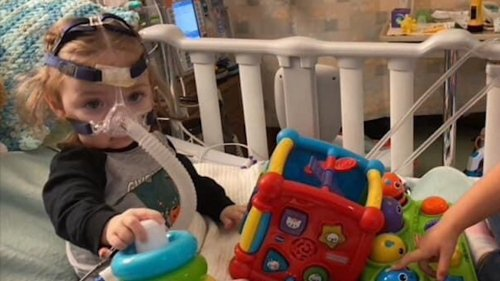 Fundraiser aims to help B.C. infant awaiting heart transplant in Edmonton