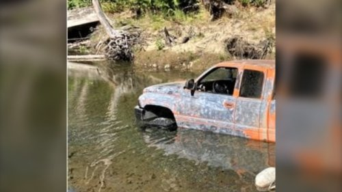 Off-road driver stuck in creek near Nanaimo hit with $575 fine for environmental violations