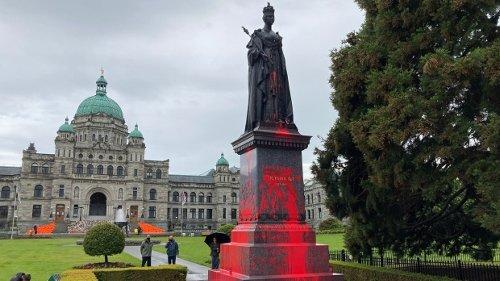 Protesters deface statue of Queen Victoria at B.C. legislature