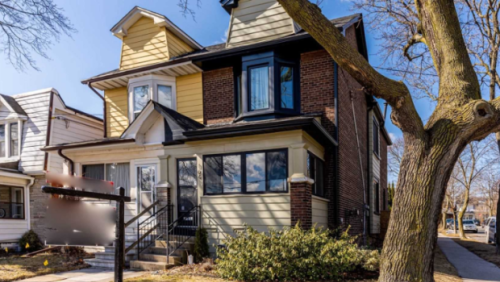 Semi-detached Toronto home gets 20 offers and sells for $575,000 above asking