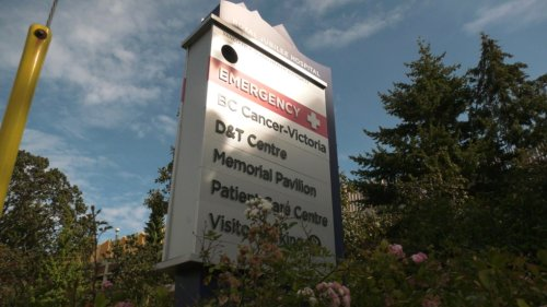 'They are telling me how overwhelmed our ICU is': Victoria hospitals see influx of COVID-19 patients