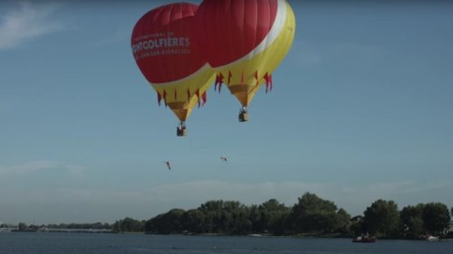 Quebec divers set world record by high-diving off two hot air balloons