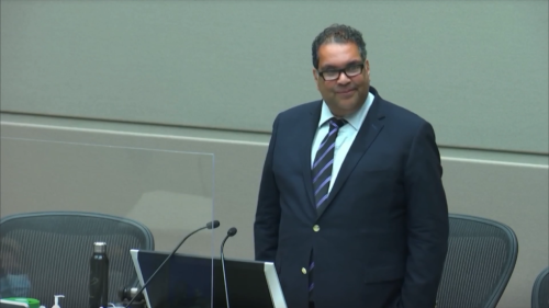 Nenshi encourages people to vote 'no' on referendum questions 'on principal'