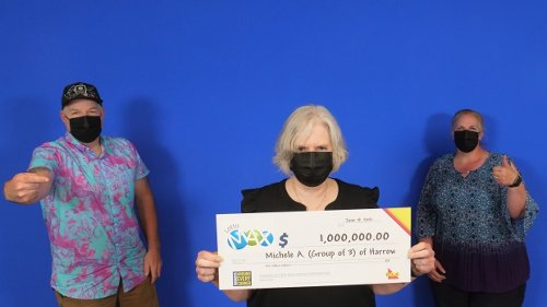 'This feels amazing': Harrow family wins $1M after playing lotto for 20 years