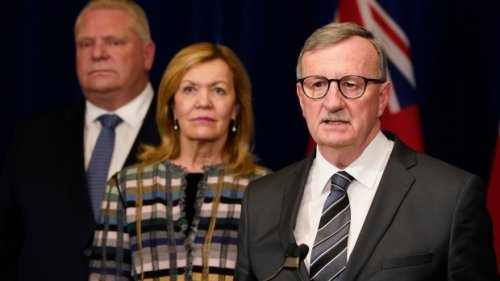 'I take personal offence to that': Premier fires back amid call for top health official to resign