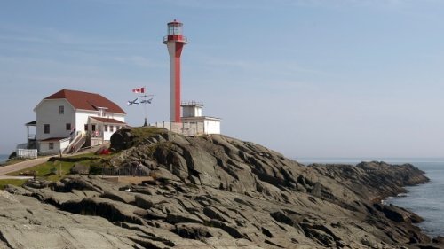 68-year-old N.S. man dead after falling on rocks on Cape Forchu waterfront: RCMP