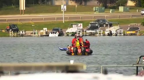Search continues for man in possible drowning at Chestermere Lake