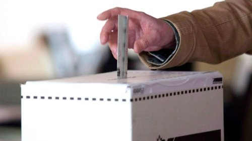 Canadians heading to the polls to choose next federal government