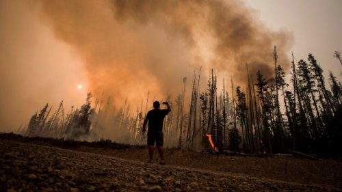Australian firefighters headed to B.C. to help fight wildfires