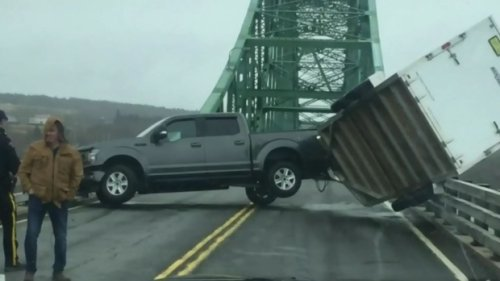 Couple from Cheticamp counts blessings after near disaster on Seal Island Bridge