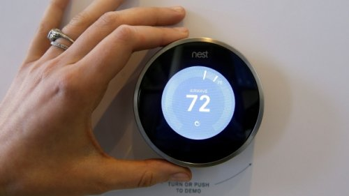 Hundreds of thousands of Ontario homeowners could be eligible for a free smart thermostat
