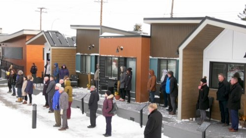 It's move-in day at Calgary village of tiny homes for homeless veterans